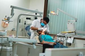 cheap dental implants from a premier Sydney clinic